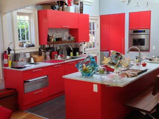 Red kitchen 2.jpg
